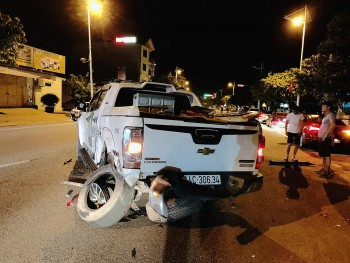 Hiện trường vụ xế hộp đâm liên hoàn nhiều phương tiện, người bị thương nằm la liệt