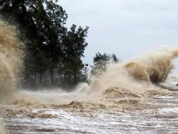 Chỉ đạo sẵn sàng ứng phó bão CONSON, mưa lớn trong bối cảnh dịch bệnh COVID-19 diễn biến phức tạp