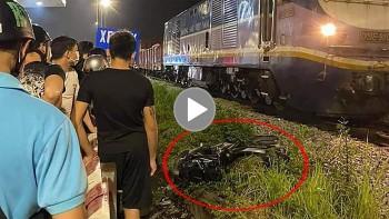 Nam thanh niên nguy kịch sau khi cố băng qua đường ray lúc tàu hoả đi tới