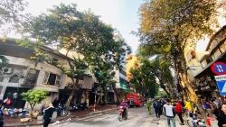 Hà Nội: Cháy lớn tại karaoke Nhất Thống trên phố Thi Sách
