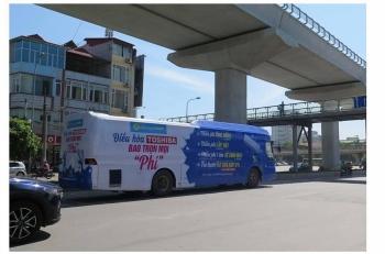 Uỷ ban ATGT Quốc gia đề nghị Hà Nội xử lý nghiêm xe khách phủ kín decal quảng cáo