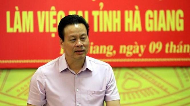 thu tuong ky luat chu tich pho chu tich tinh ha giang