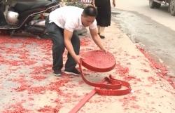 Vụ đốt pháo đỏ đường tại đám cưới Hà Nội: Công an triệu tập một số người