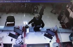 Nghi án nổ súng cướp ngân hàng Techcombank tại Hà Nội