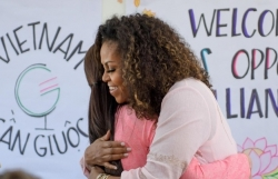 ba michelle obama tham truong thpt can giuoc long an