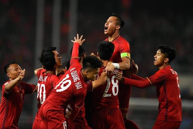 khoanh khac kho quen tuyen viet nam vs malaysia o aff cup