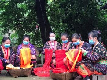 Mường Chà (Điện Biên) chú trọng phát triển cán bộ nữ đồng bào dân tộc thiểu số