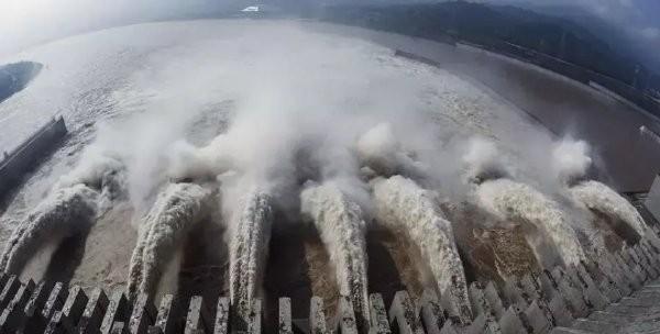 Tin tức thế giới hôm nay (3/7): Trung Quốc cảnh báo lũ lụt tại khu vực đập Tam Hiệp