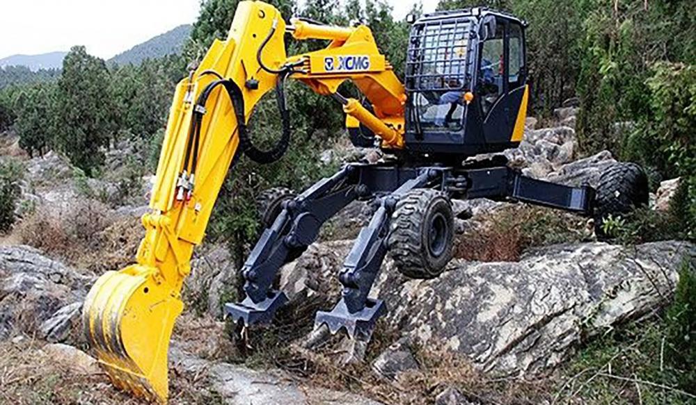 Tin tức thế giới hôm nay (9/7): Trung Quốc sử dụng máy xúc chân nhện để xây đường gần biên giới Ấn - Trung