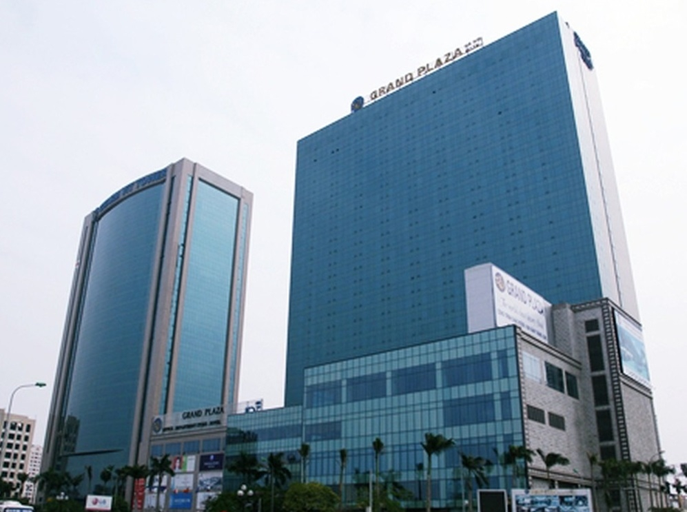ong chu khach san grand plaza voi hang loat tai tieng tai viet nam la ai