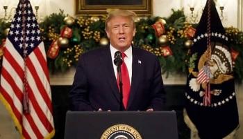 Ông Trump có bài phát biểu mừng năm mới, nức nở ngợi ca chính quyền đương nhiệm