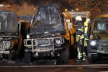 Đức điều tra vụ phá nhiều xe quân đội trong đêm Giao thừa