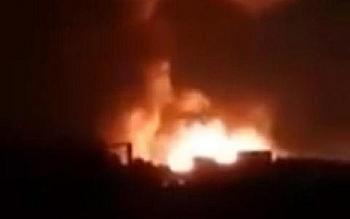 Tàu Thổ bị hỏa lực Nga nhấn chìm trong biển lửa ở Syria vì lén lút tuồn dầu