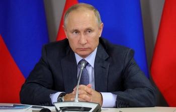 """Xuất hiện video """"tố"""" sở hữu lâu đài tỷ đô bên bờ Biển Đen, Tổng thống Putin chỉ luôn sơ hở của """"người dàn dựng"""""""