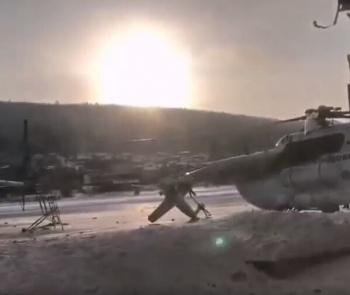Video: Trực thăng Mi-8 của Nga bất ngờ đâm sầm vào tòa nhà sân bay