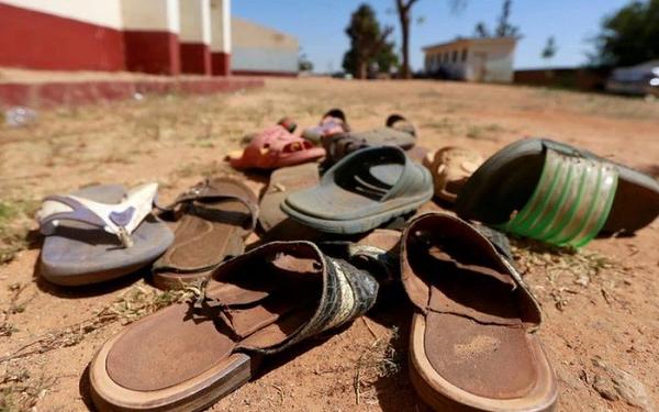 Nigeria gây rúng động thế giới vì vụ bắt cóc tập thể hơn 300 nữ sinh