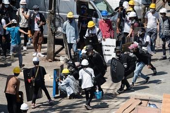 Cảnh sát Myanmar vượt biên sang Ấn Độ vì không muốn tuân theo lệnh quân đội