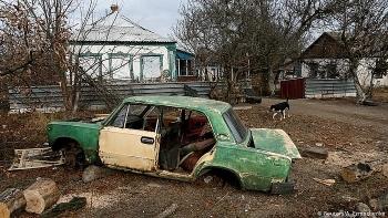 Ukraine dọa áp dụng các biện pháp triệt để ở Donbass, mục đích đưa Nga 'vào khuôn khổ'