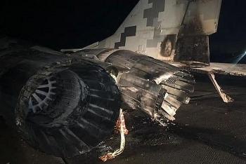 Báo Mỹ công bố ảnh tiêm kích MiG-29 Ukraine cháy đen vì bị ô tô đâm