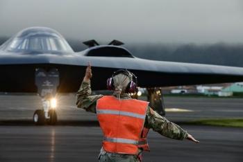 Máy bay ném bom chiến lược Mỹ huấn luyện gần Iceland