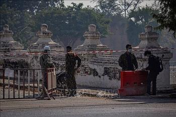 Quân đội Myanmar sẽ bàn giao chính quyền vào thời điểm nào?