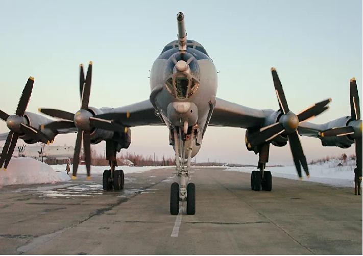Mỹ phát hiện 2 máy bay Tu-142 của Nga trong vùng nhận dạng phòng không Alaska