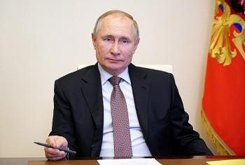 Tổng thống Putin chính thức ký  phê chuẩn luật mở đường cho ông nắm quyền đến năm 83 tuổi