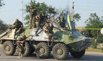 Tình hình Donbass nóng, Ukraine tức tốc yêu cầu 'Nhóm liên lạc' họp khẩn cấp
