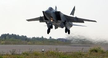 Tiêm kích Nga xuất kích chặn máy bay trinh sát Mỹ trên Thái Bình Dương