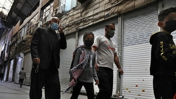 Iran đột ngột phong tỏa toàn quốc vì COVID-19