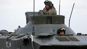 Phương Tây lo âu trước khả năng Nga và Ukraine xảy ra chiến tranh
