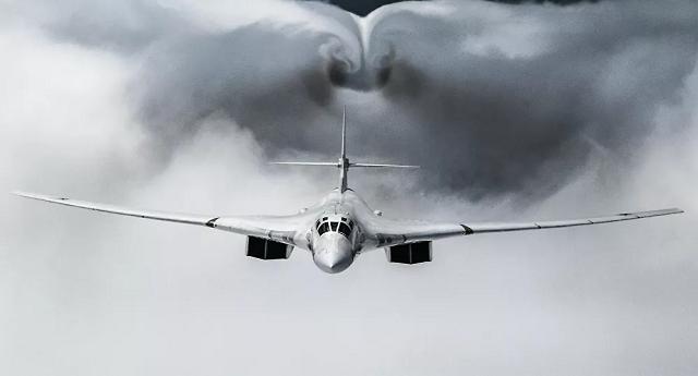 Máy bay 3 nước đồng loạt bám theo 'Thiên nga trắng' của Moscow mang tên lửa trên Biển Baltic
