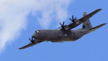 Ba máy bay vận tải quân sự của NATO đến Ukraine giữa bối cảnh căng thẳng