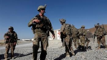Mỹ bắt đầu chuyển thiết bị quân sự khỏi Afghanistan theo kế hoạch rút quân