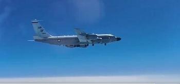 Tiêm kích MiG-31 Nga tức tốc xuất kích để bám đuổi máy bay Mỹ