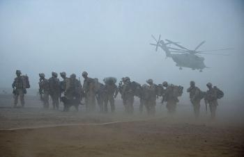 Mỹ và NATO bắt đầu rút quân khỏi Aghanistan