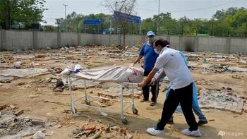Ấn Độ 'xử' các quan chức để thiếu hụt trang bị y tế