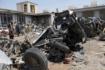 Thiết bị quân sự Mỹ chất đống ngổn ngang tại các bãi phế liệu ở Afghanistan