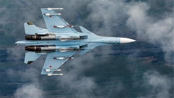 Nga điều tiêm kích Su-30 ra Biển Đen chặn 3 máy bay quân sự Pháp