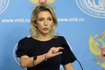 Moscow phản ứng gay gắt khi Latvia cho tháo quốc kỳ Nga