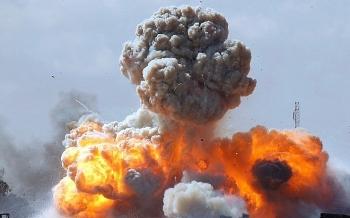 Căn cứ không quân lớn nhất của Iran bị không kích