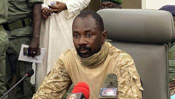 Thủ lĩnh đảo chính trở thành tổng thống lâm thời Mali