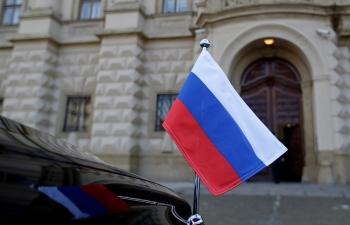 Moscow sẽ điều động các chuyến bay đặc biệt đón nhân viên sứ quán rời Séc