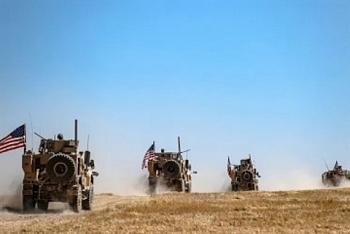 Trực thăng và 4 xe bọc thép Nga đẩy lui đoàn xe quân sự Mỹ tại Syria