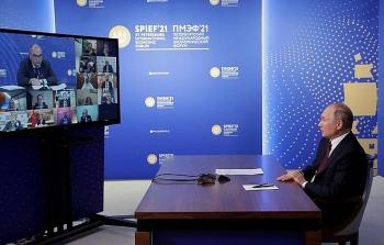 Tổng thống Putin nhấn mạnh quan hệ giữa các nguyên thủ cũng 'cần có đạo đức'