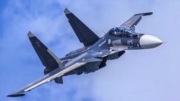 Tiêm kích Su-30SM của Nga và F-35A NATO đối đầu trên biển