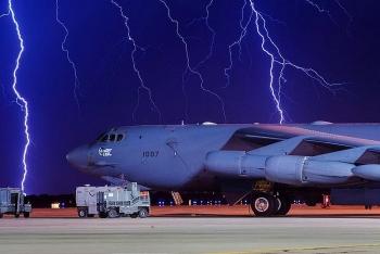 Mỹ điều máy bay ném bom áp sát lãnh thổ, Nga cảnh báo đanh thép