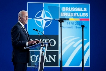 Tổng thống Biden đưa ra hàng loạt cảnh cáo với người đồng cấp Nga