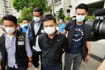 Cảnh sát lục soát tòa soạn Apple Daily ở Hong Kong, bắt tổng biên tập
