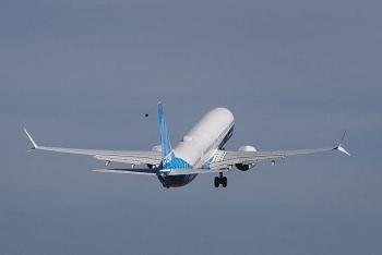 Boeing 737 MAX 10 cất cánh sau nhiều tháng  thử nghiệm